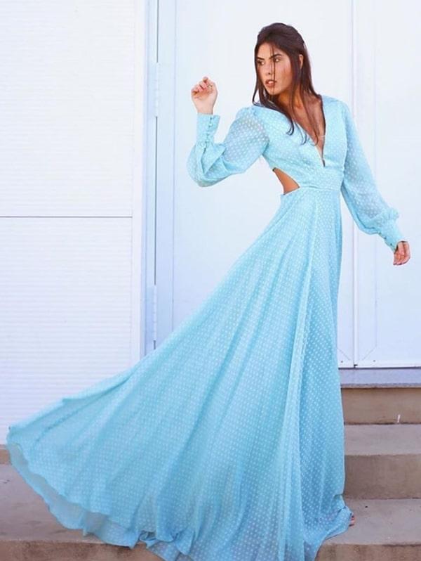vestido longo poa azul claro
