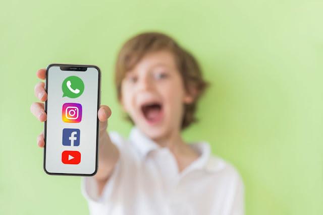 Uso de redes sociales por menores de 14 años
