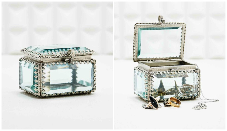 http://www.urbanoutfitters.com/uk/catalog/productdetail.jsp?id=5559412928955&parentid=DECORATIVE-ACCESSORIES-EU#/