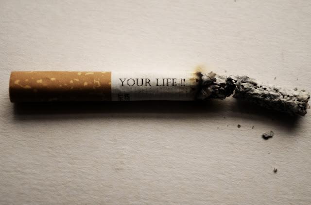 perokok lebih rentan terkena virus