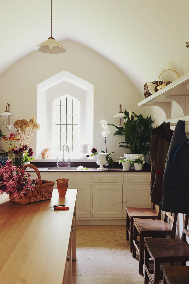 Décor Inspiration: A Country House in Norfolk Designed by Veere Grenney