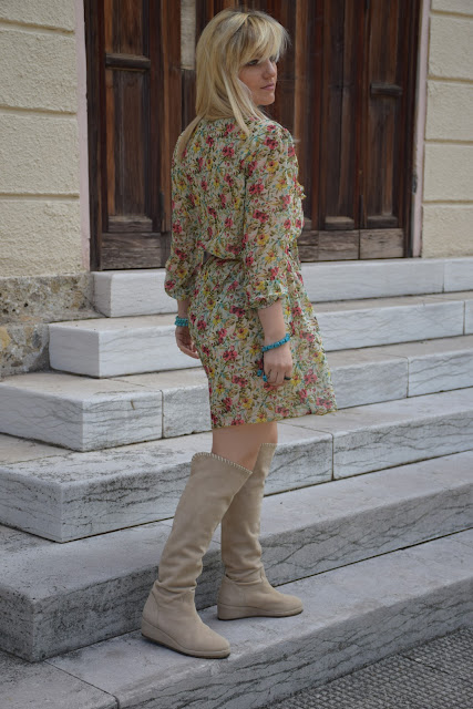 floral print how to wear floral print how to combine floral print floral print dress spring outfit mariafelicia magno fashion blogger color block by felym fashion bloggers italy italian fashion bloggers may outfit