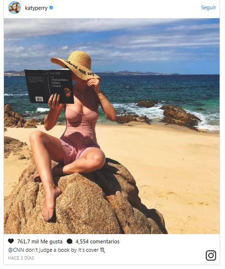 Katy perry en la playa