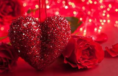 صور قلب لونه احمر اللون