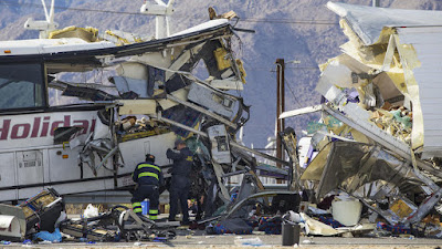 10 freeway bus crash wreckage