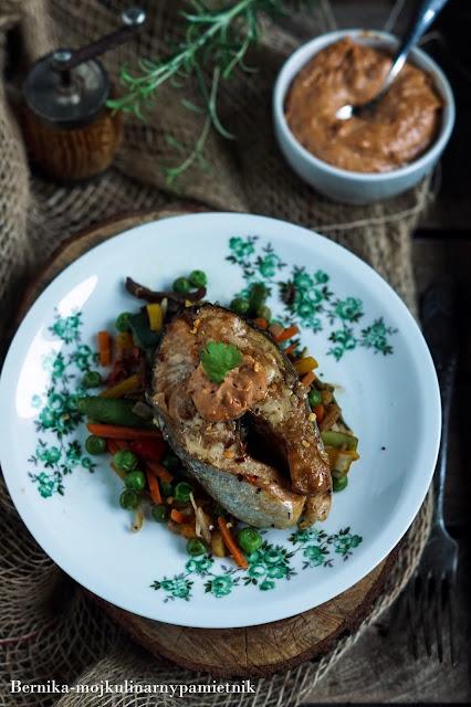 losos, suszone pomidory, ryba, obiad, bernika, kulinarny pamietnik, majonez