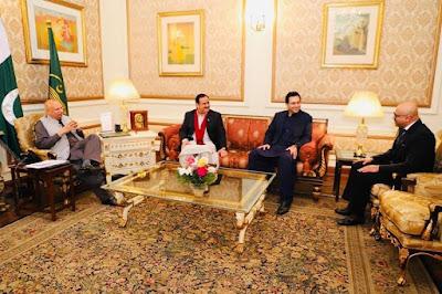 چوہدری مونس الہی کی وزیر اعلی اور گورنر پنجاب سے ملاقات