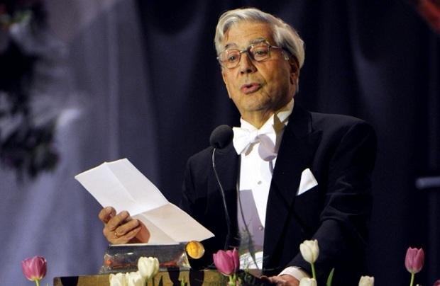 Mario Vargas Llosa es la gran figura en la Feria del Libro de Huancayo