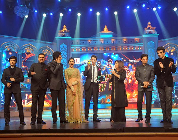 Abhishek, Deepika, SRK and Sonu Sood  at Happy New Year's GRAND music launch