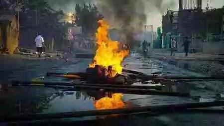 Delhi High Court grants bail to three accused of murder in Delhi riots