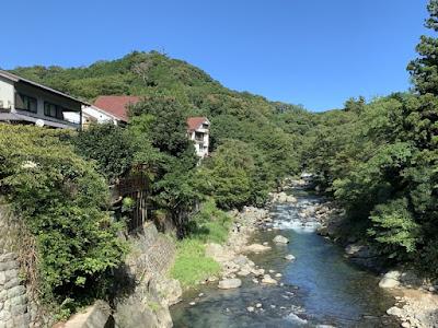 川沿いの別館