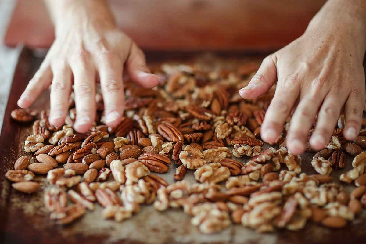 Herb-Spiced Mixed Nuts