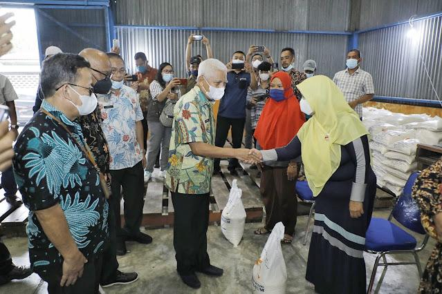 Kementerian Sosial RI Salurkan Bantuan Beras PPKM kepada 53.568 KPM di Asahan