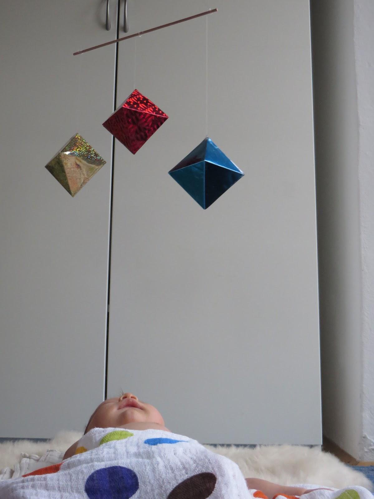 Oktaedri montessori mobili ogice in kravate for Mobili montessori