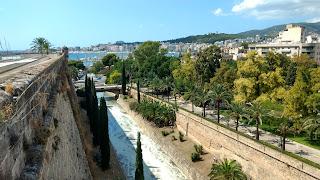 Gran turismo por todo el mundo. Paseo Mallorca - España