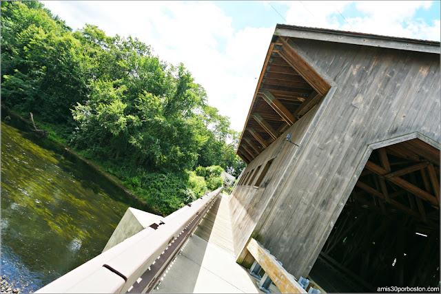 Zona Peatonal del Pepperell Covered Bridge, Massachusetts