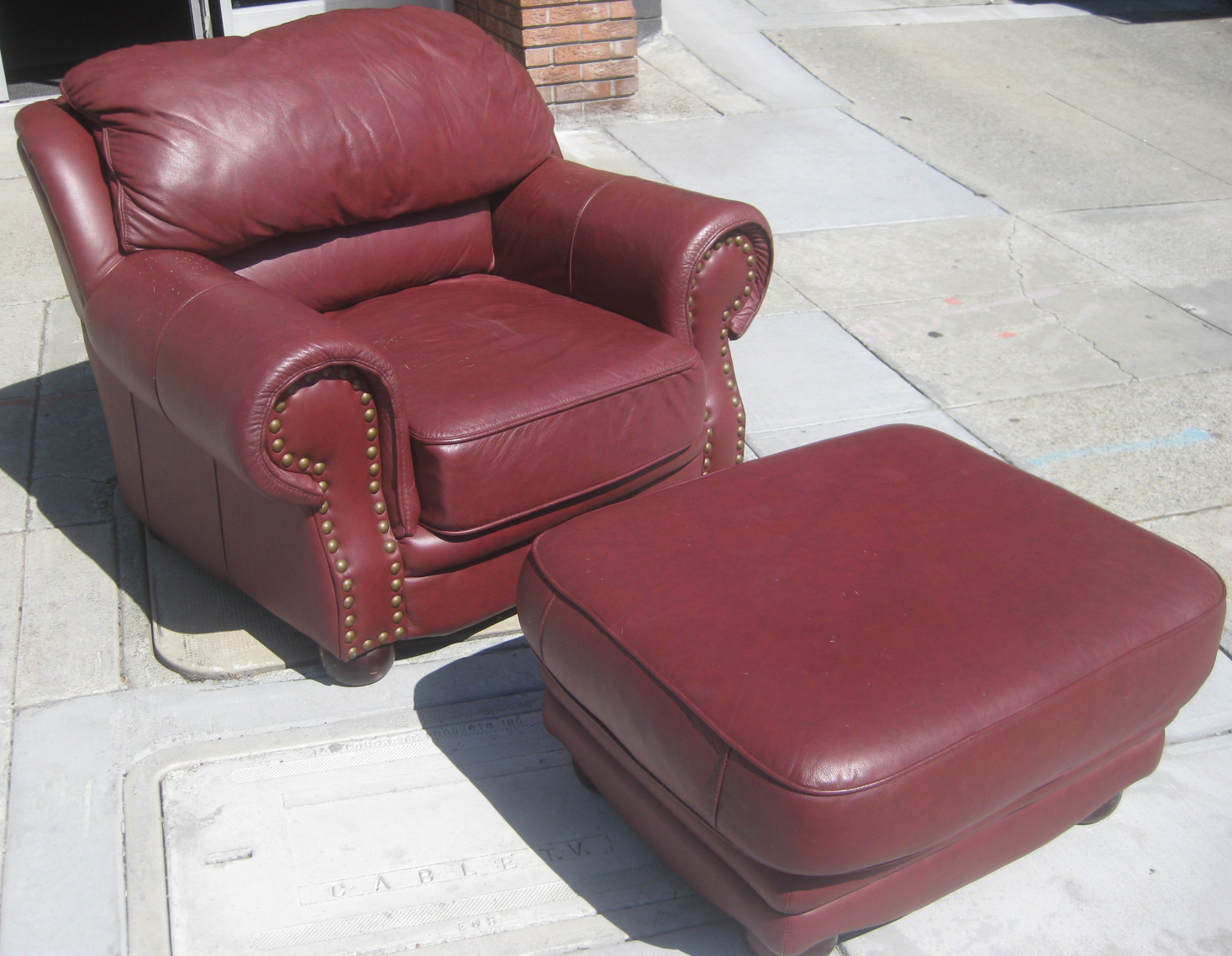 Uhuru Furniture Amp Collectibles Sold Burgundy Chair And