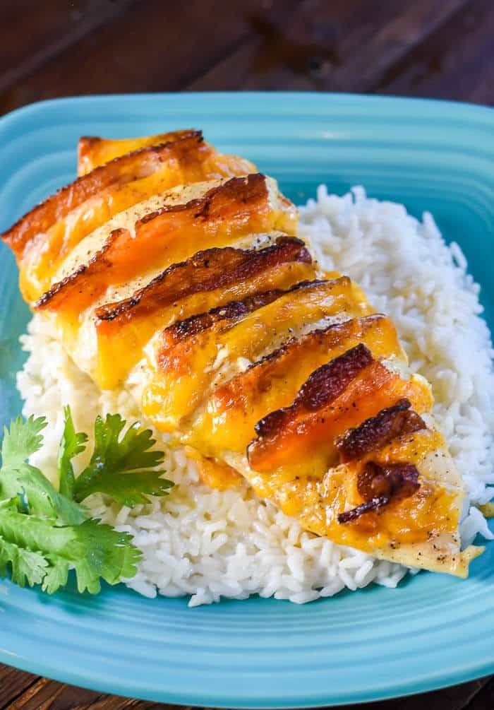 Hasselback Chicken Stuffed with Bacon, Ranch, and Cheddar | Flavor Mosaic
