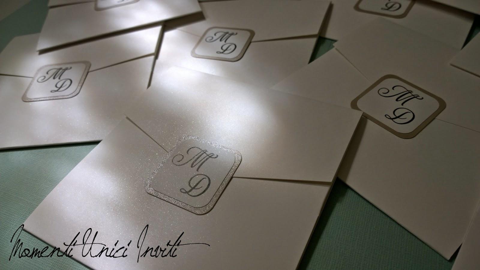 d1 L'eleganza della semplicità... le partecipazioni di Marco e DeniseColore Bianco Colore Sabbia Partecipazioni Pocket