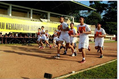 Tips dan Strategi Cerdik Lolos Tes Jasmani TNI-POLRI Lengkap!