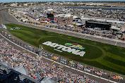 Alex Bowman returns No. 88 to pole at Daytona