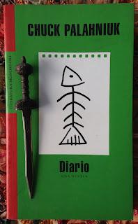 Portada del libro Diario. Una novela, de Chuck Palahniuk