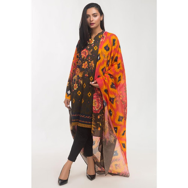 Gul Amhed orange color crambric suit ready to wear collection