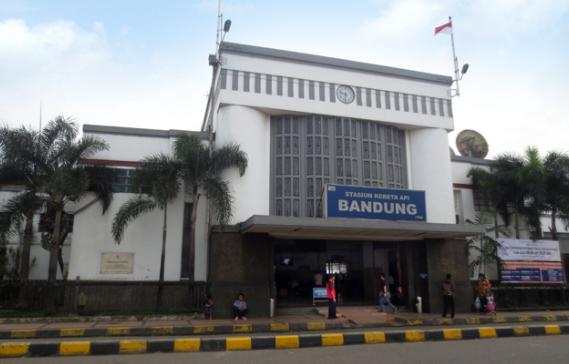 Kereta Bandung