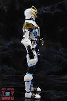 S.H. Figuarts Shinkocchou Seihou Kamen Rider Ixa 05