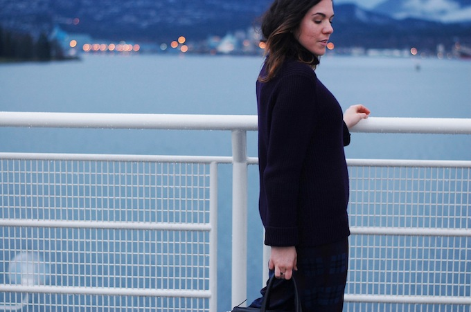 Vancouver blogger grey wool coat Aritzia turtleneck