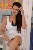 neha deshpande new glam pics-thumbnail-15
