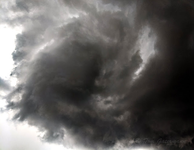 Residual rotation left in a cloud after a funnel cloud broke up.
