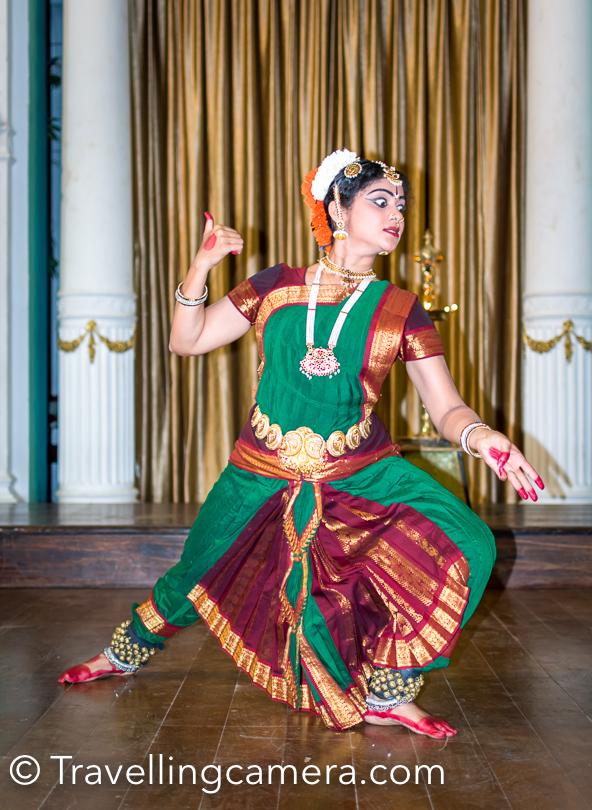 There are dance performance planned at Lalitha Palace. Kanchana Shree performed Lord Shiva-kriti written by Dayananda Saraswati and Beluru composed by D V Gundappa. She also performed Godess Chamundeshwari, composed by Vasudevacharya.
