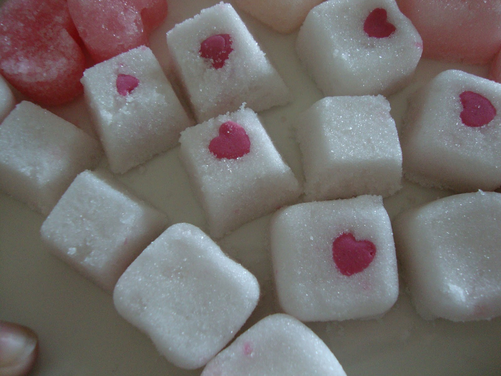 Nicoletta's beauty space: Valentines Sugar Cube Gift Idea!