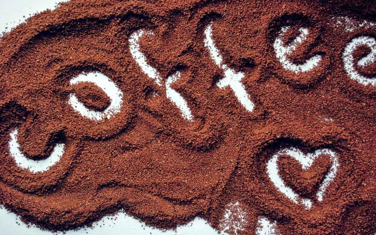 manfaat kegunaan kelebihan kelemahan kopi biji untuk kesehatan kecantikan aman bahan alami minum minuman