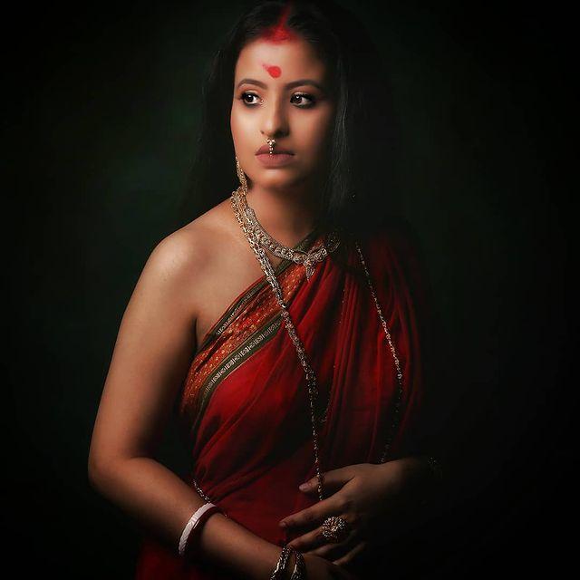 Enakshi Chowdhury (Nuefliks Actress)