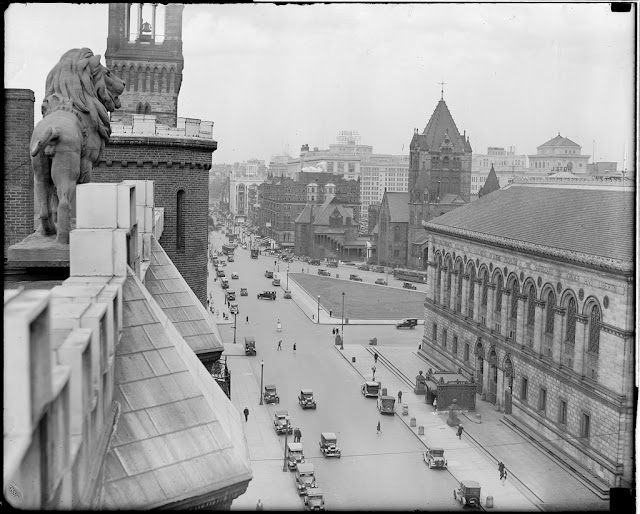 Former, Hotel Kensington, lions, Copley Square, Boston, Massachusetts