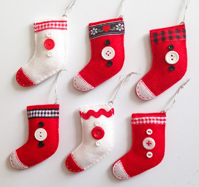 http://kbbcrafts.blogspot.com.es/2017/12/mini-christmas-stocking-ornaments.html