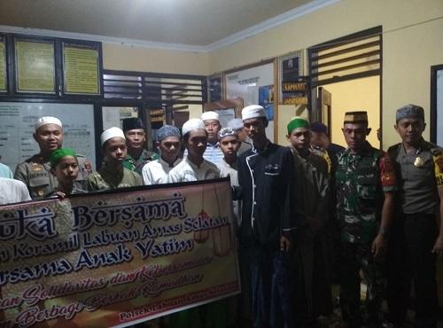 Indahnya Berbagi, TNI/Polri Buka Puasa Bersama Dengan Anak Yatim Piatu