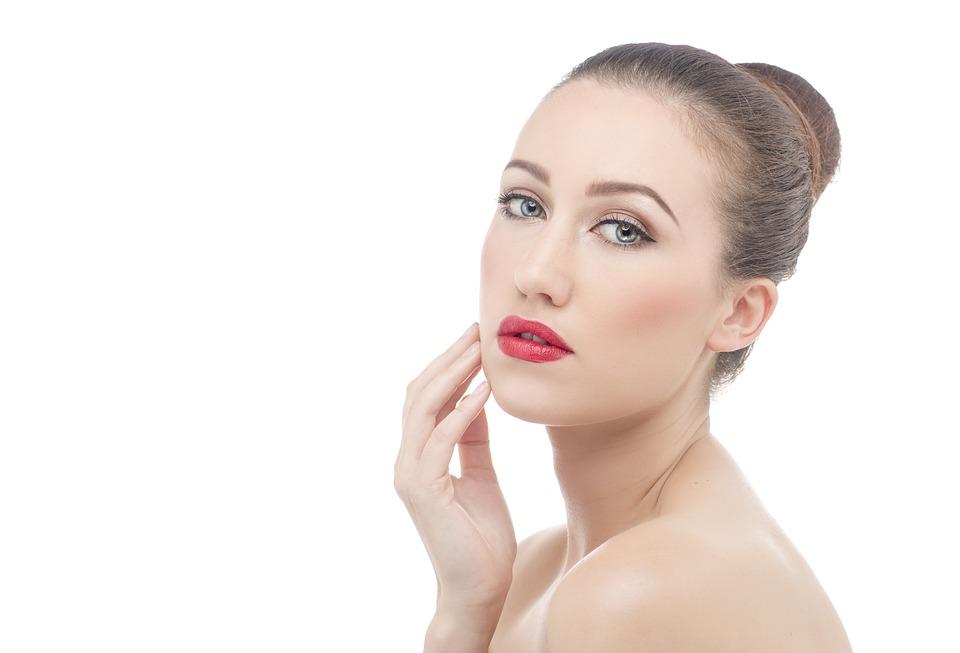 Cuidados de la piel contra el envejecimiento