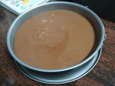 molde-chocolate-leche-enfriándose-aire-antes-nevera