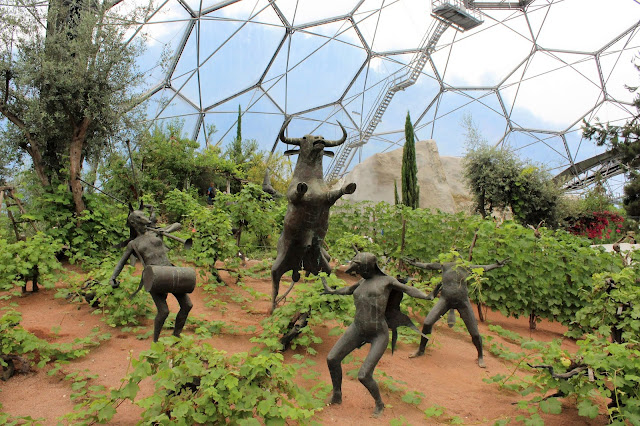 eden project, cornwall, visit cornwall, biome, rainforest, gardens, plants, nature, Mediterranean, days out with kids, family fun, through amis eyes,