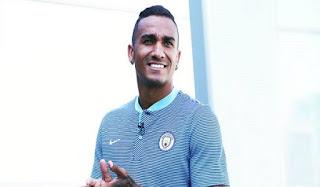 Danilo Lebih Memilih City Ketimbang Chelsea