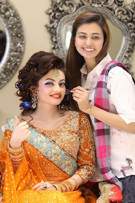 Pakistan famous bridal makeup and hairstyles look 2017