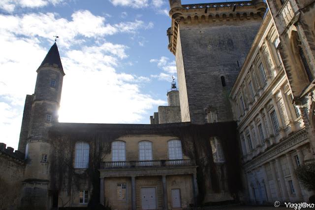 Castello di Uzès e cortile interno