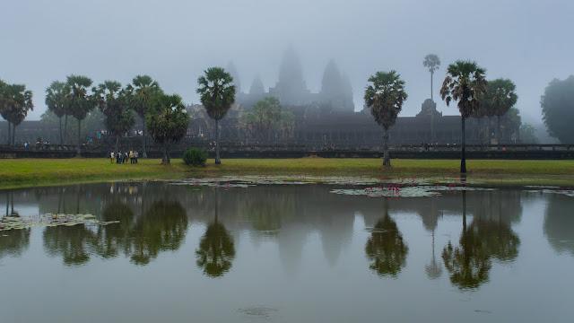 Angkor Wat foggy day