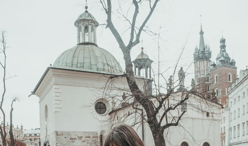 Na krakowskim rynku. STYLIZACJA DNIA