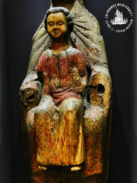 VIC-SUR-SEILLE (57) - Musée Georges de la Tour : Vierge à l'Enfant romane dite Notre-Dame d'Alyn