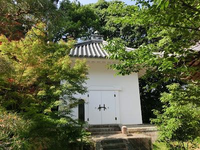 光明寺経蔵