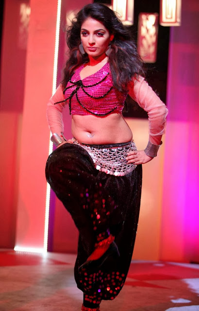 Malayalam Actress Mythili Hot Navel Show Photos